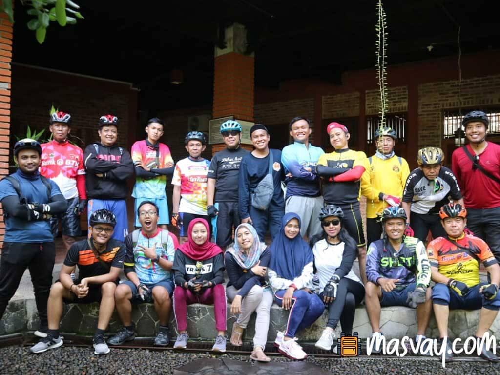 Batik Semarang 16